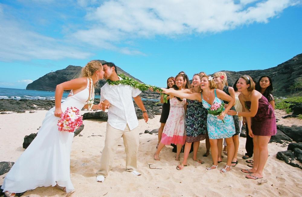 Everything you need to know about wedding tradition in hawaii wedding apparel junglespirit Choice Image