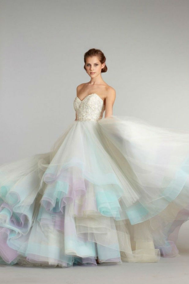 6449a2fd9f52 22 Most Unique Ideas about Nontraditional Wedding Dress - EverAfterGuide