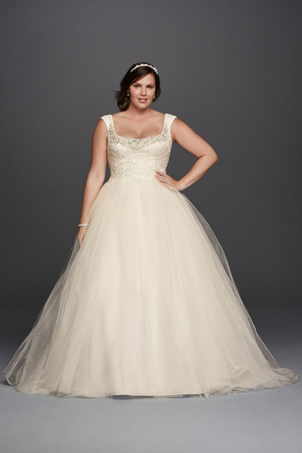 1da61a4e514 19 Plus Size Wedding Dresses-For Our Curvy Girls - EverAfterGuide