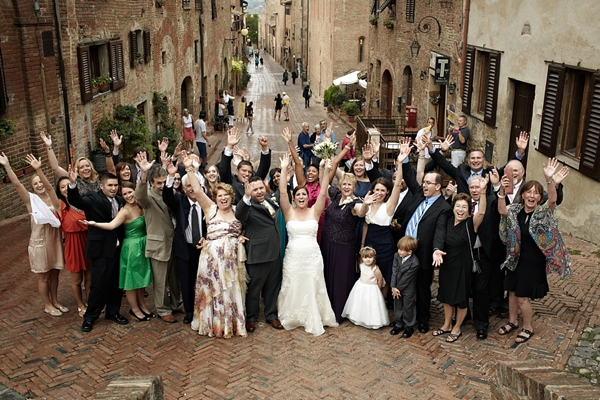 Wedding Gift Etiquette When Not Attending : Wedding Gift Etiquette in Italy You Should Know - EverAfterGuide