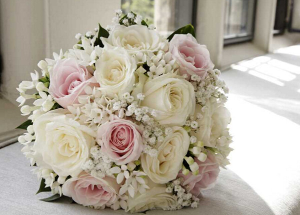 21 Most Sun Kissed Flowers In Season For July Wedding