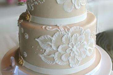 20 affordable amazing wedding cakes