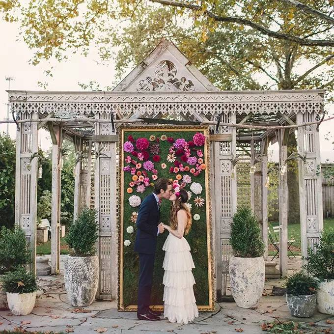 Wedding Altar Outside: Unique Alternative Ideas For Decorating The Altar For A