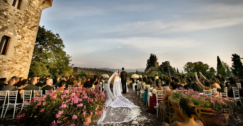 Where To Get Married In Italy: 10 + Interesting Wedding Customs In Italy You Want To Know