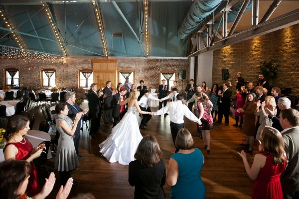 7 Unique Traditions Of Jewish Wedding Receptions Everafterguide