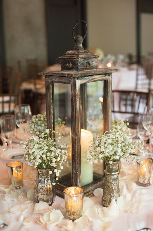 There Are Many Elegant Ways To Use Antique And Morrocon Styled Lantern As Centerpieces Accents Like Flowers Foliage Mason Jars Wood Candles Can Be
