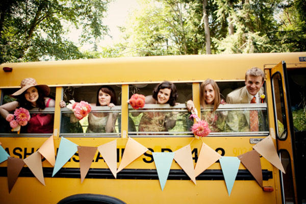 Types Of Shuttle Service For Weddings And Their Costs Everafterguide
