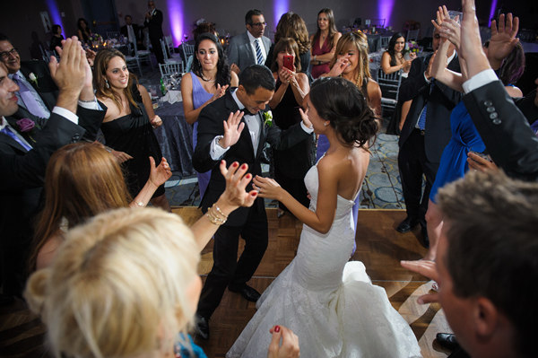 If You Are The Type Who Gets Easily Agitated By Performing In Front Of Other People Having Your First Dance After Dinner May Prolong Anxiety