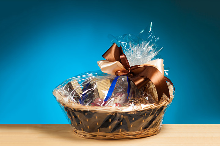 Wedding Gift Packages: Wedding Gift Baskets For Out Of Town Guests