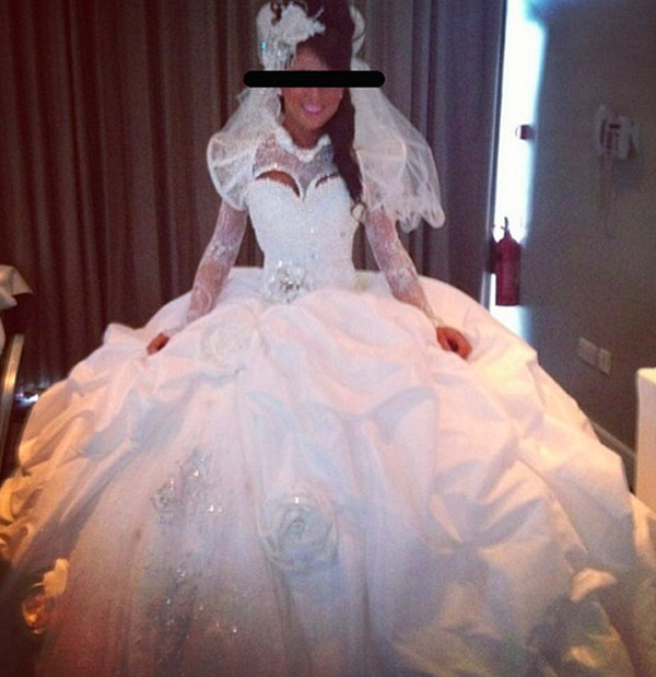 Hideous Wedding Gowns: The Bridal Notebook: Top 20 Ugliest Wedding Dresses