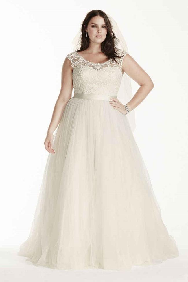 7b686630a 25 Best Curvy Wedding Dresses for Plus-Size Brides - EverAfterGuide