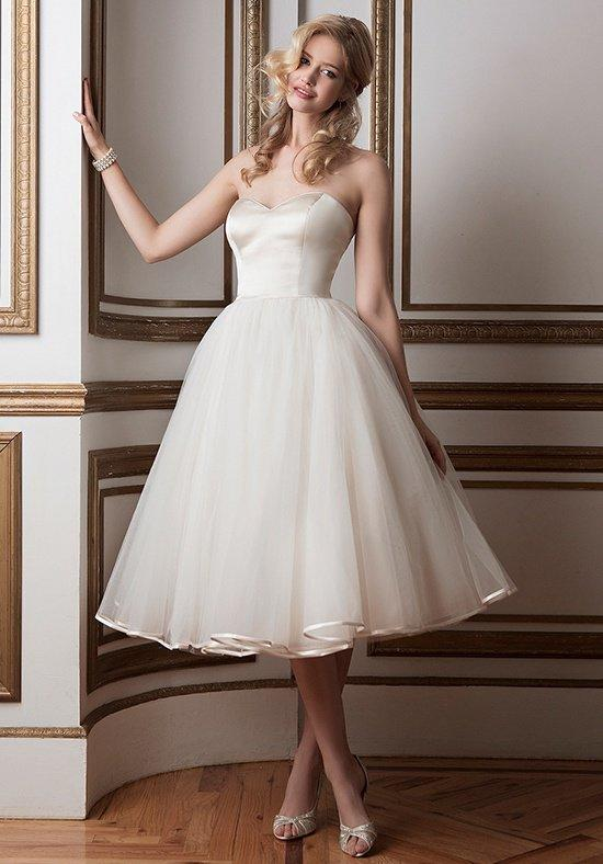 Justin Alexander Wedding Dresses: Collection and Prices - EverAfterGuide