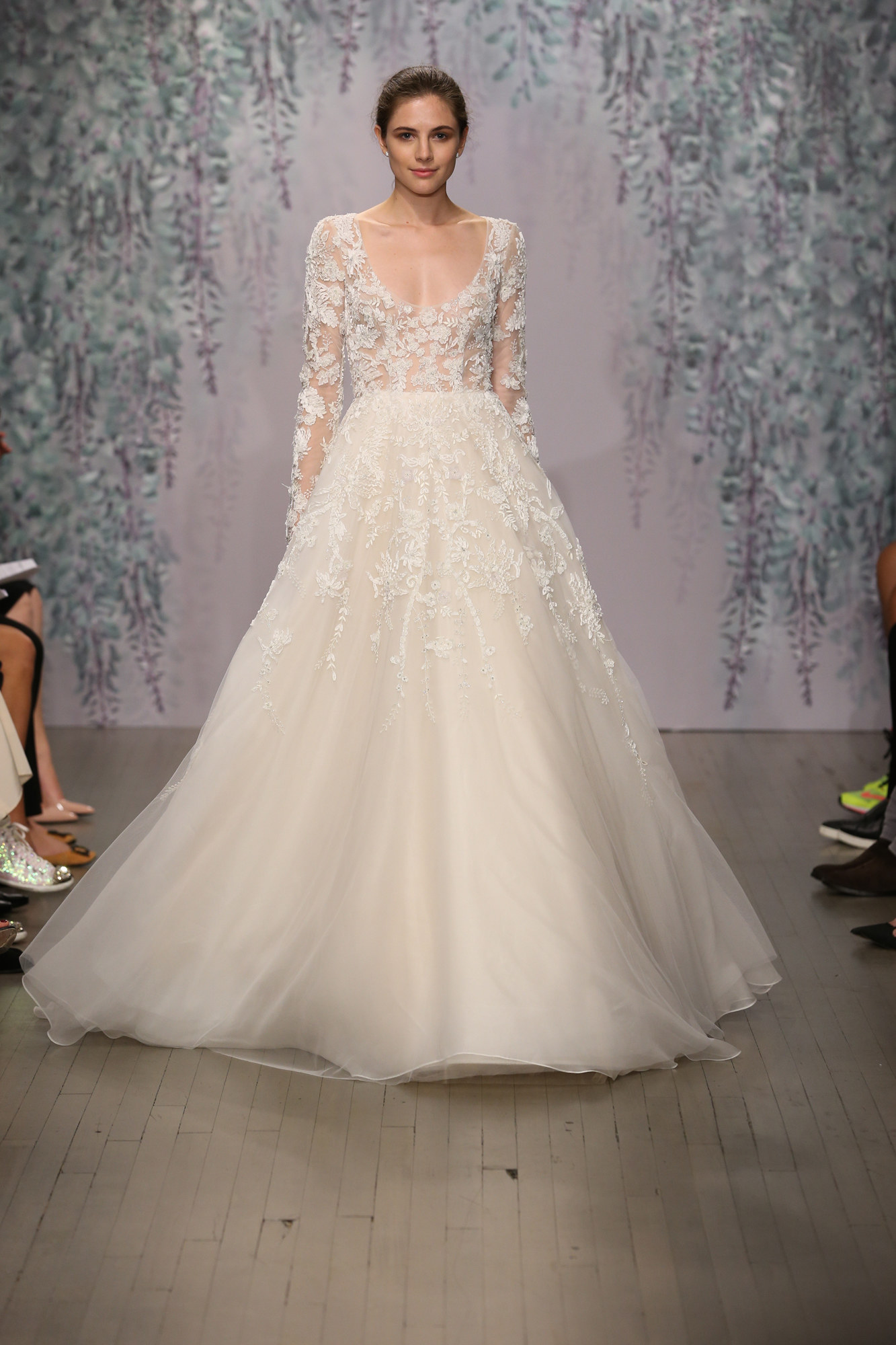Best wedding dresses top wedding dress designers everafterguide monique lhuillier junglespirit Choice Image