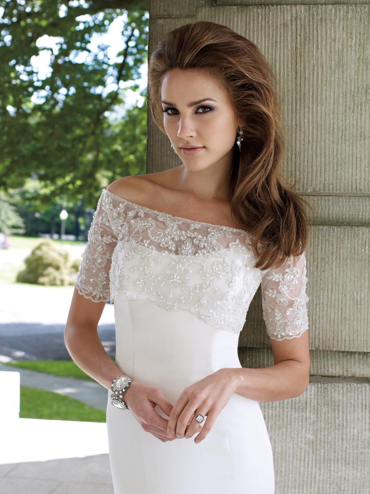 Petite Wedding Dress: Tips for Our Lovely Petite Girls! - EverAfterGuide