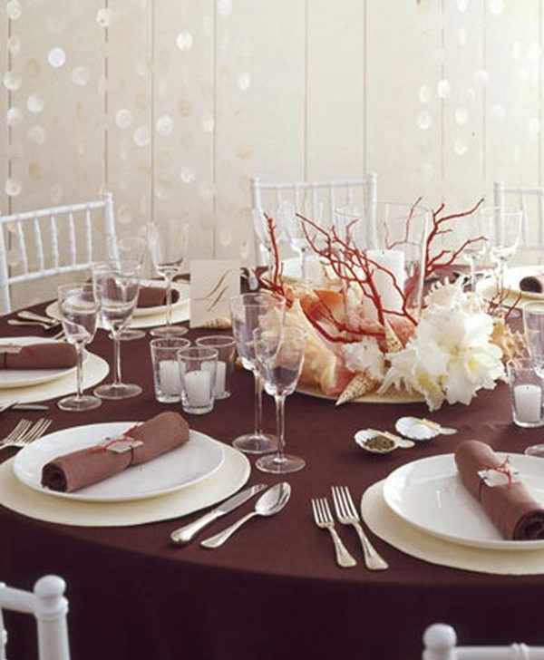 For Modern Brides 25 Fabulous Wedding Centerpieces Without Flowers Everafterguide