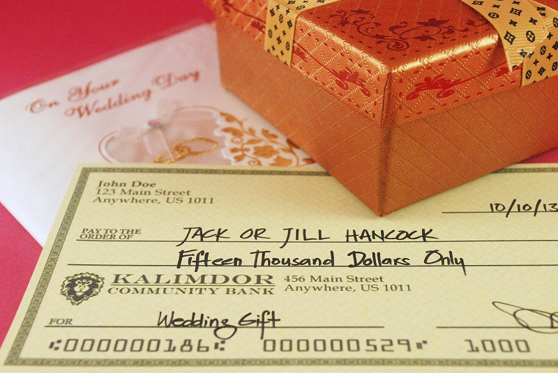 How Much Money Gift Wedding: Etiquette Of Giving Cash As Wedding Gifts
