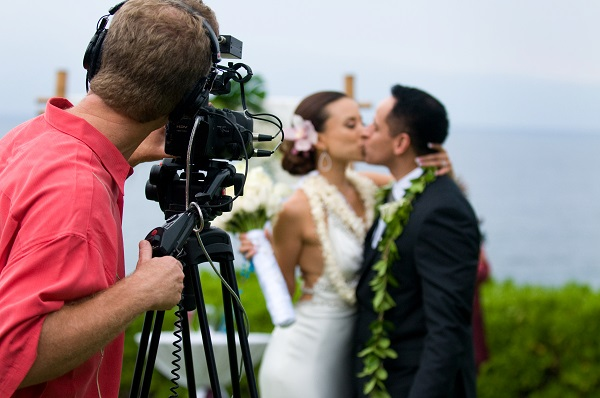Each Videographer Offers Diffe Wedding Videography Prices Here Is An Extensive Guide To Help You Hiring The One For Keeping In View Their