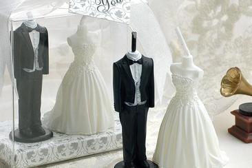 Etiquette of Giving Cash As Wedding GiftsEverAfterGuide