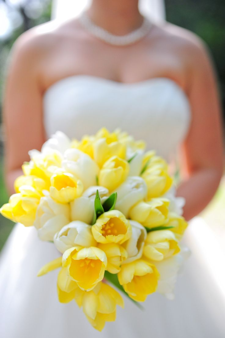 Bridal Bouquet Meaning Origin And Symbolism Everafterguide