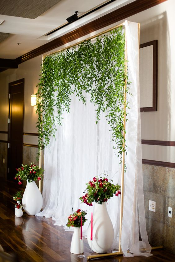 31 best wedding wall decoration ideas everafterguide vines junglespirit Choice Image