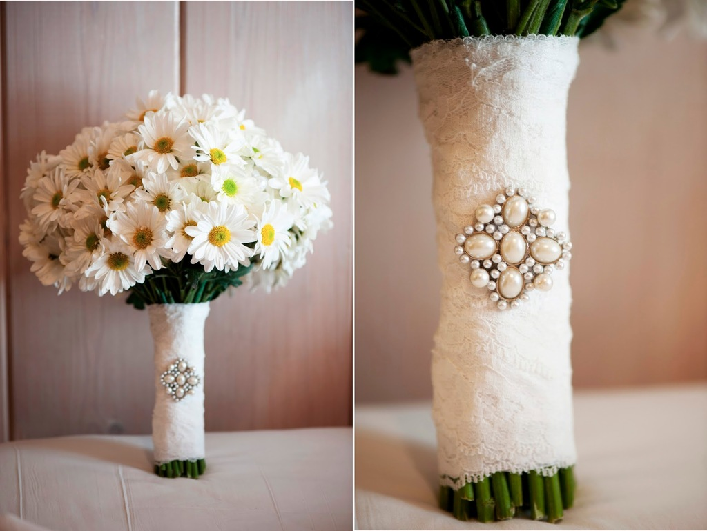 15 Breathtaking Affordable Wedding Flowers To Save Your Budget