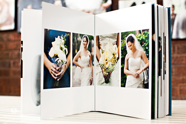 Your Wedding Album Can Also Make One Of The Best Gifts For Parents They Are Going To Adore All Memories Saved Inside It