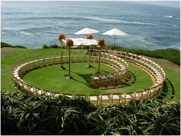 You Can Arrange The Seating In A Circular Or Spiral Shape Around Altar Beach Wedding Have Unique Of Pallet Ottomans