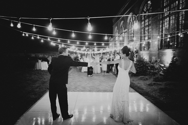 Sign me 20 creative wedding guest book ideas everafterguide for Unique first dance wedding songs