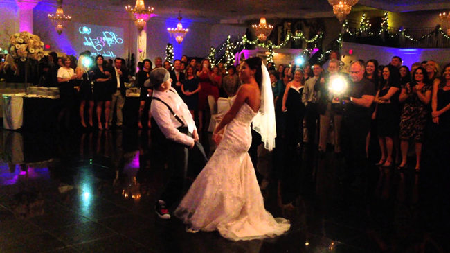 15 Hottest First Dance Wedding Songs 2016 - EverAfterGuide