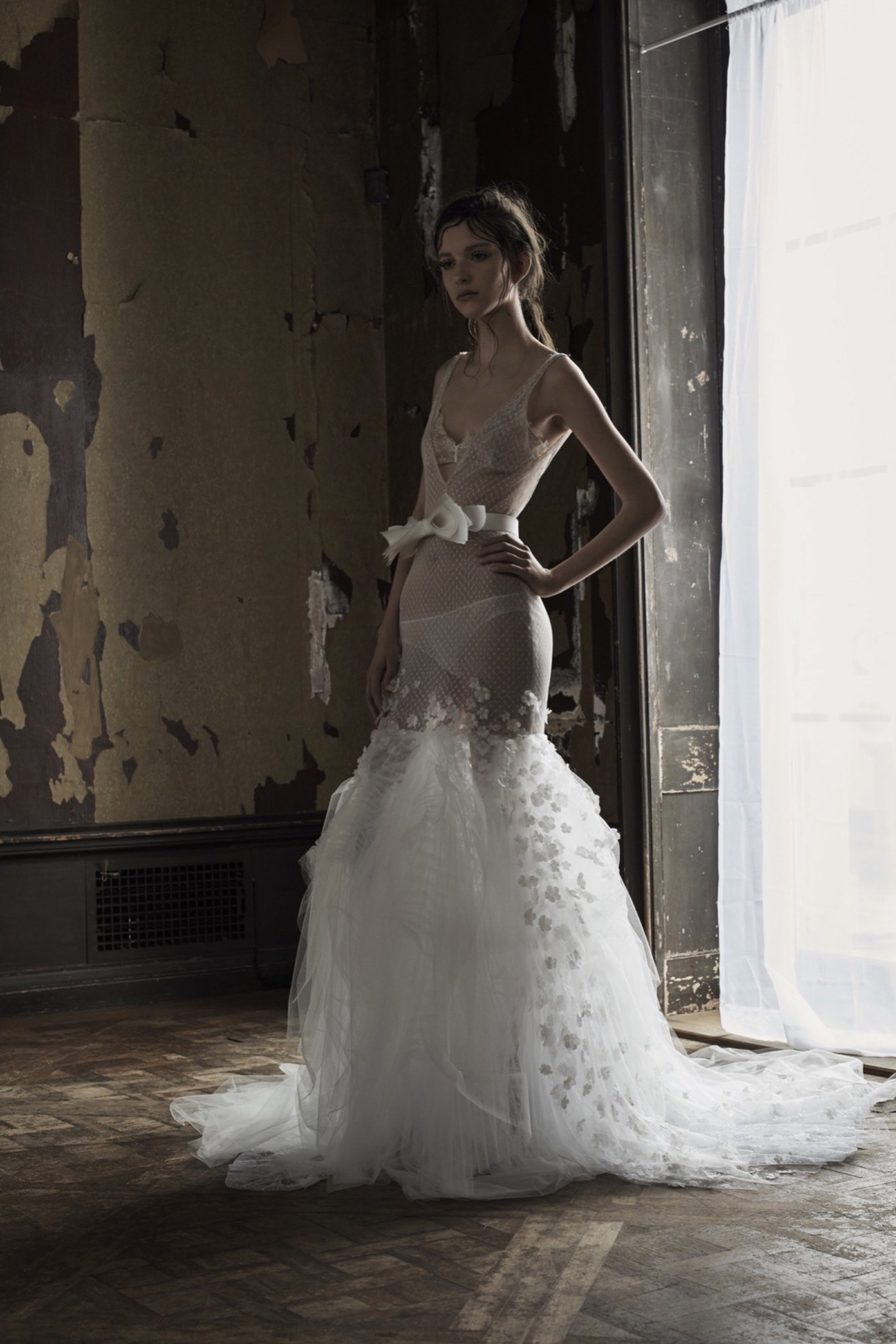 Vera wang wedding dresses trends for the new season everafterguide trend 3 fairy like gowns junglespirit Image collections