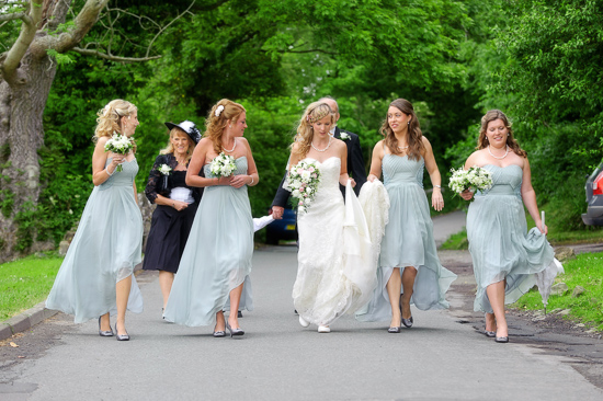 20 Sweet Wedding Music For Bridesmaid Walking Down Aisle