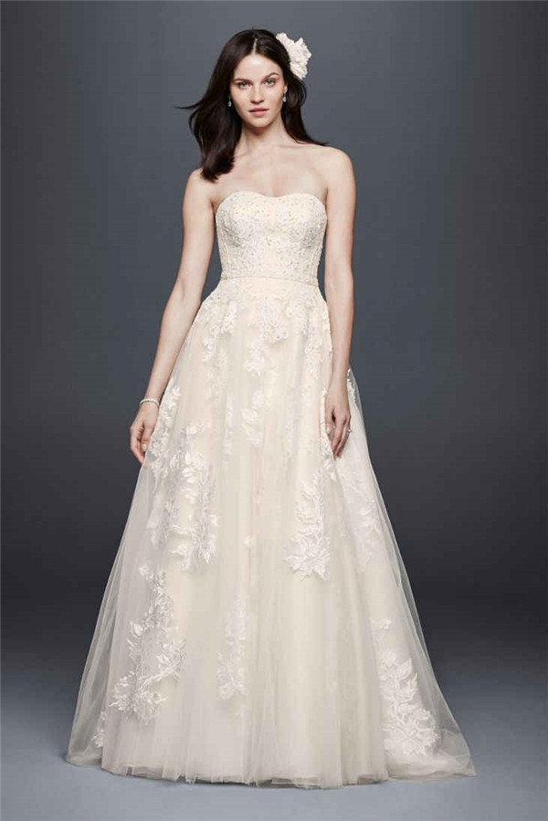 Recommended Wedding Dresses For Belly Brides