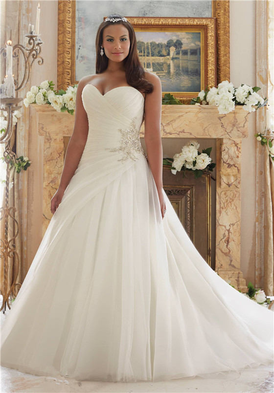 bridal dresses suitable for large busts tips and top