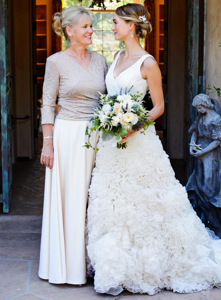 Mother of the Bride Duties for the Big Day - EverAfterGuide
