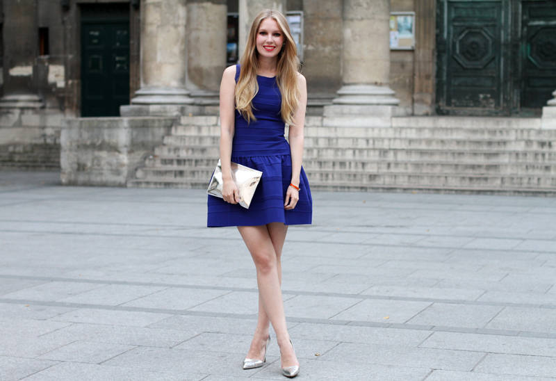 Makeup Tips for Wearing Royal Blue Dresses - EverAfterGuide