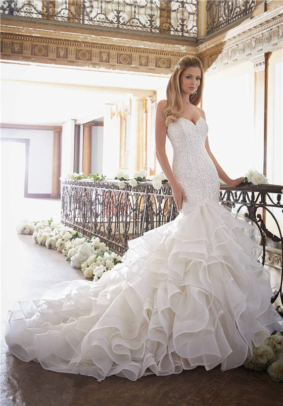 Bridal dresses suitable for large busts tips and top picks lace and layers junglespirit Gallery