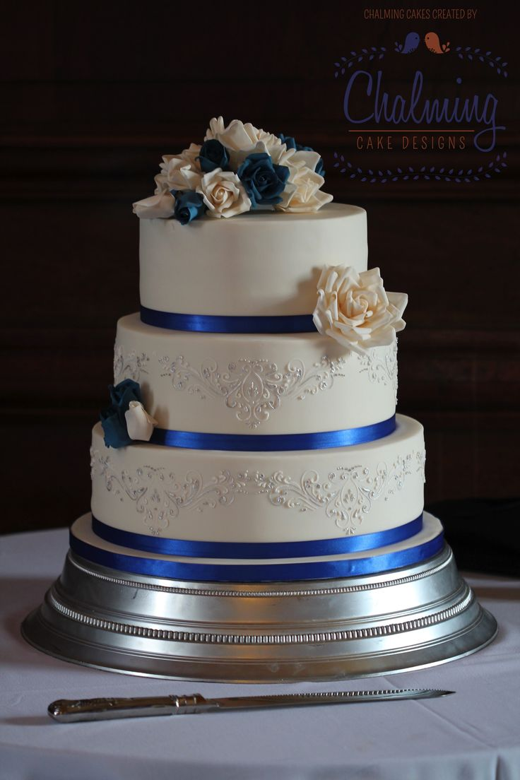 blue wedding cakes designs 10 of the best colors matching royal blue everafterguide 12016
