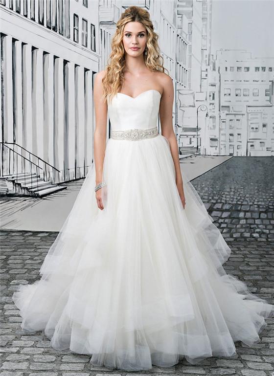 Top 10 Picks Of Bridal Dresses Suitable For Large Busts